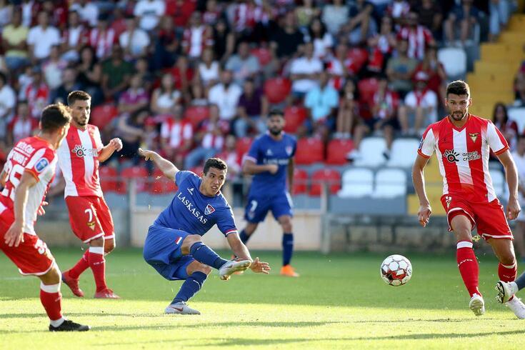 O Gil Vicente vence por 3-2 em casa do Aves.