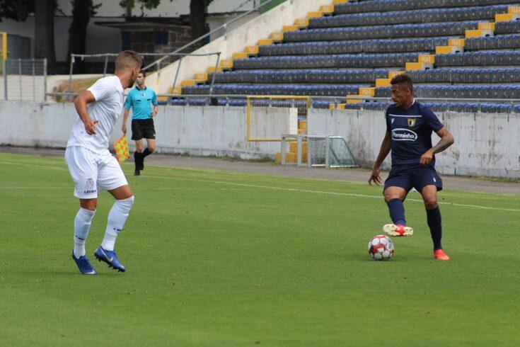 Famalicão termina estágio com goleada ao Feirense