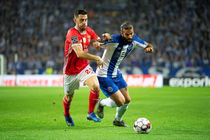 Sérgio Oliveira marcou um dos golos do FC Porto no clássico com o Benfica