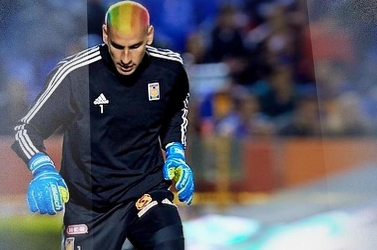 Guarda-redes pinta o cabelo para protestar contra homofobia