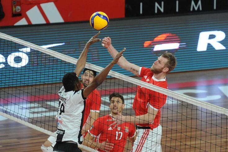 Voleibol: resultados da primeira jornada do campeonato