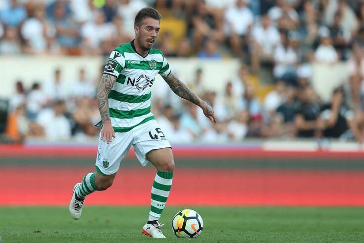 Oficial: Sporting volta a emprestar Iuri Medeiros
