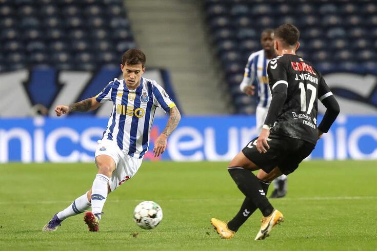 Otávio, médio do FC Porto