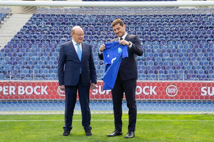 Casillas reuniu-se com Pinto da Costa para discutir o futuro