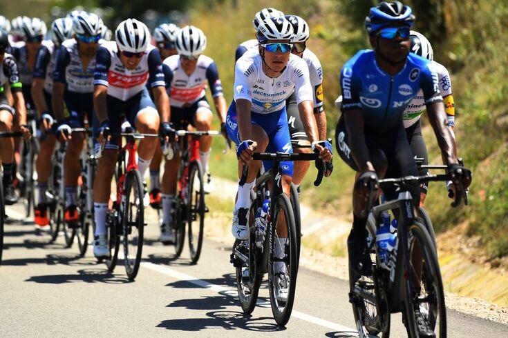 João Almeida em oitavo no arranque do Tour de l'Ain