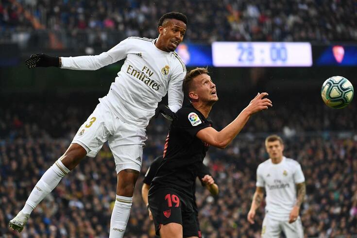 Éder Militão em ação pelo Real Madrid