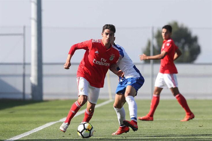 Benfica passou para a liderança do campeonato de juniores