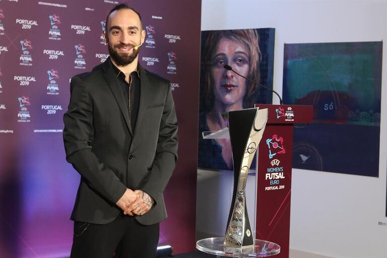 Ricardinho eleito mais uma vez o melhor jogador de futsal do mundo c9f61f7b7a2c2