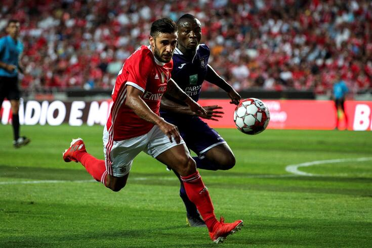 Os números e as razões da saída de Salvio do Benfica
