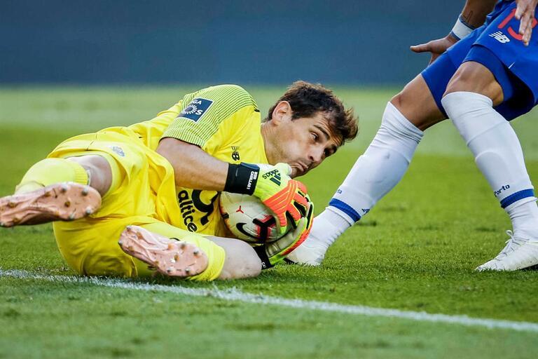 303d5d4324 Baliza de Espanha motiva discussão  contas feitas e Casillas é o melhor