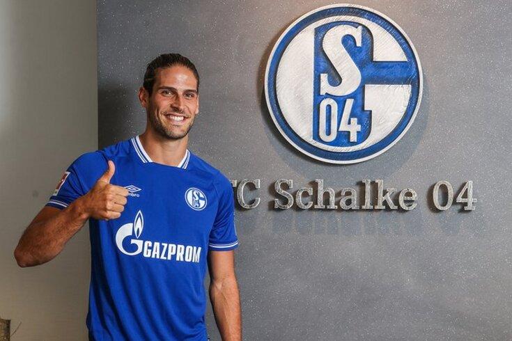 Gonçalo Paciência anunciado no Schalke