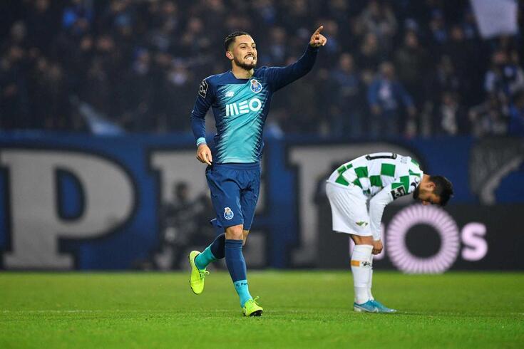 Alex Telles marcou na vitória do FC Porto sobre o Moreirense.
