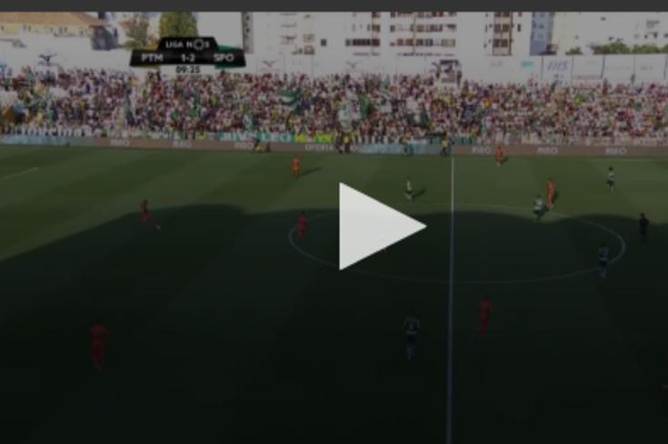 Portimonense-Sporting: VAR intervém, marca e anula penálti para os leões