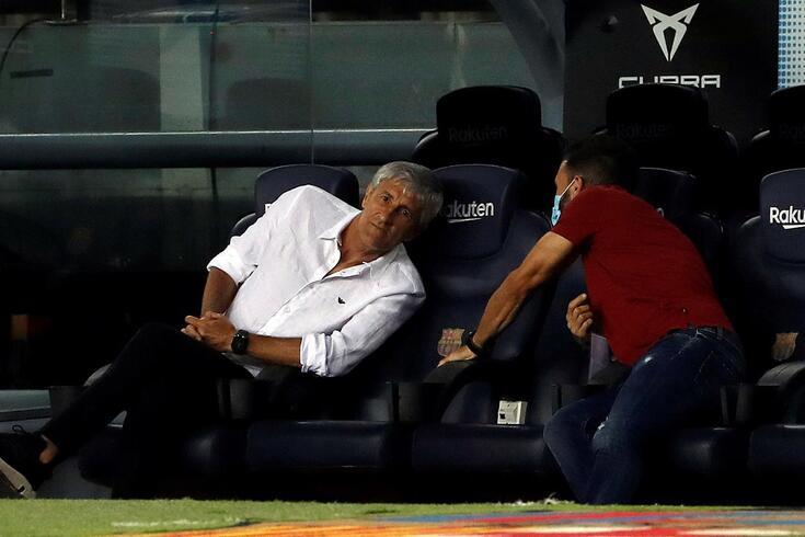 Quique Setién e Eder Sarabia com vida difícil no Barcelona