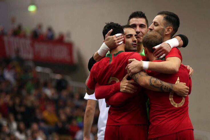 Portugal venceu a França por 2-1 em mais um jogo particular.