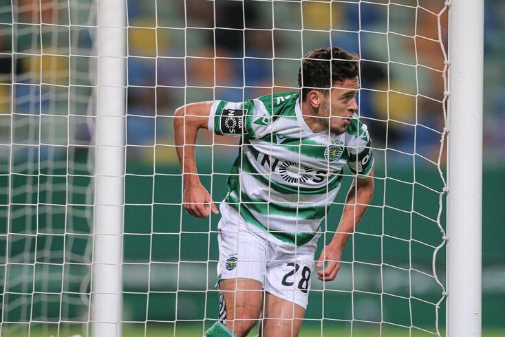 Pedro Gonçalves soma nove golos em sete jogos para o campeonato