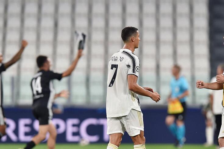 Lyon em festa, perante um Ronaldo desolado