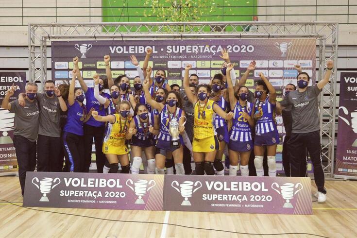 AJM FC Porto conquista Supertaça feminina de voleibol pelo segundo ano consecutivo