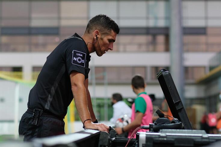 Fábio Veríssimo apita dérbi Benfica-Sporting. Conheça as nomeações da última jornada