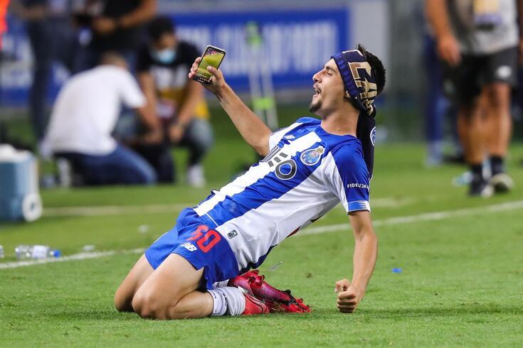 Fábio Vieira sagrou-se campeão nacional pelo FC Porto