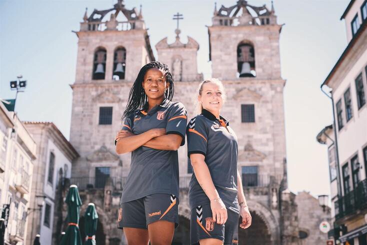 Jermaine Seoposenwe e Cindy König já estão em Braga