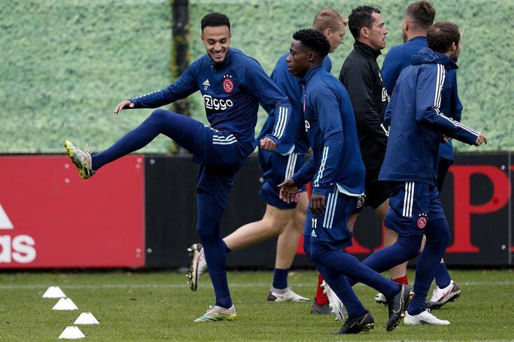 Ajax recebe o Liverpool
