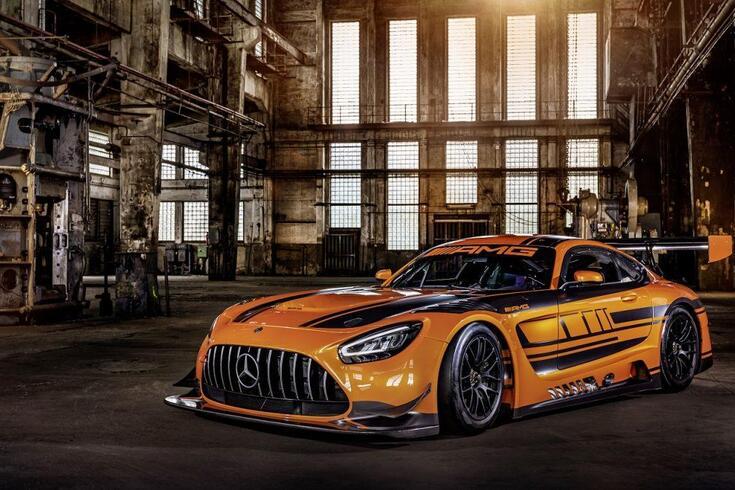Novo supercarro de corridas da Mercedes faz a estreia… em Portugal