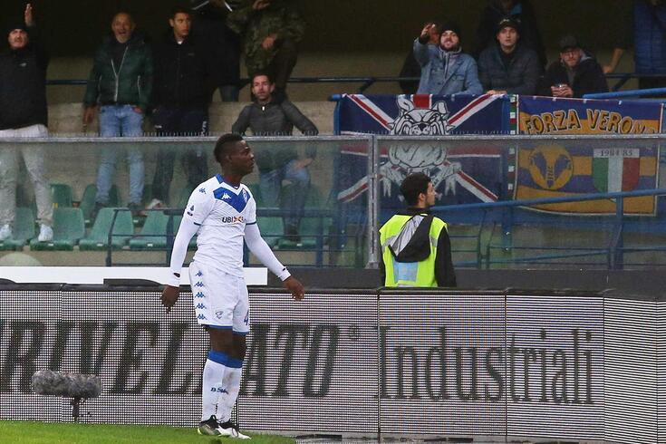 Mario Balotelli, jogador do Brescia, foi alvo de cânticos racistas no jogo frente ao Verona