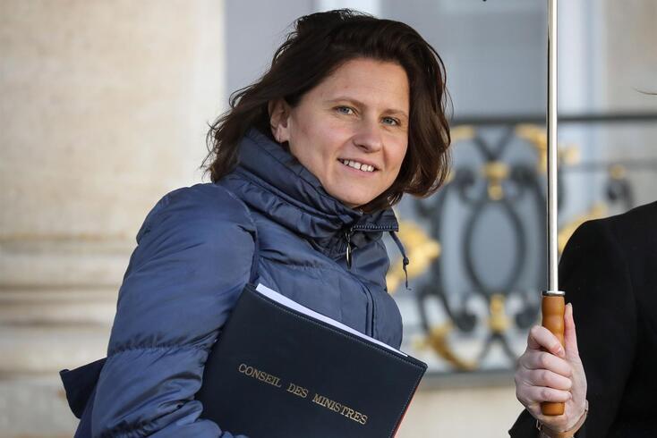 Roxana Maracineanu, ministra dos Desportos, admite limitar o Tour a um espectáculo televisivo