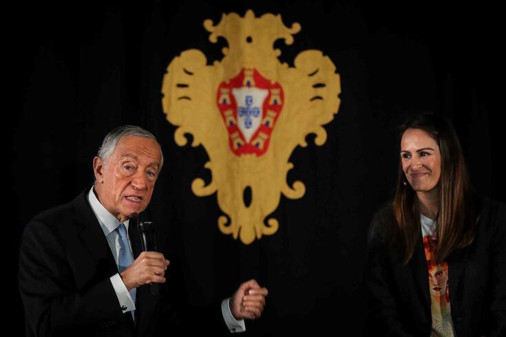 Ticha Penicheiro condecorada por Marcelo Rebelo de Sousa
