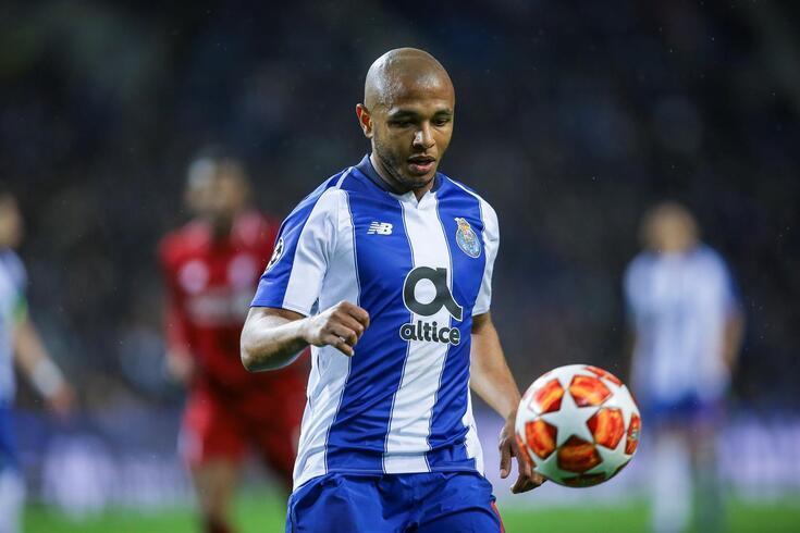 """Brahimi aponta o melhor reforço do FC Porto: """"Impressionante"""""""