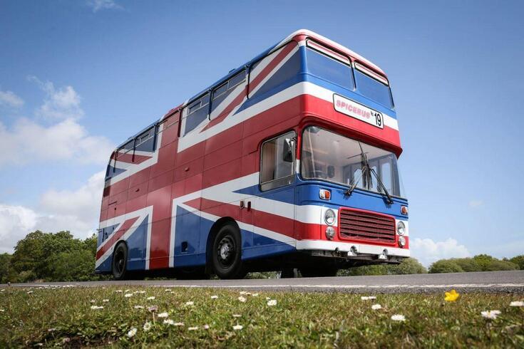 Já pode dormir no autocarro das Spice Girls