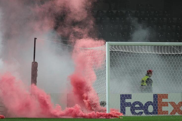 Standard Liège pune claques pelos desacatos no Porto e em Guimarães