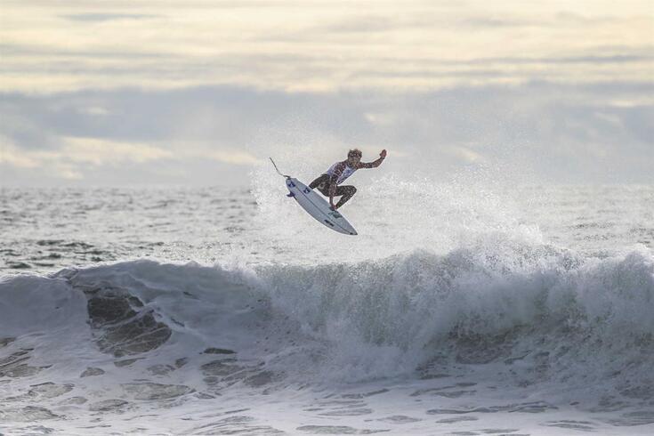 Surf: Frederico Morais vence circuito mundial de qualificação