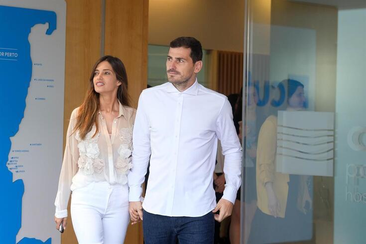 Sara Carbonero ao lado de Iker Casillas