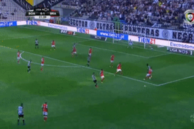 Boavista-Braga: Bueno falha o cabeceamento e Obiora faz o empate