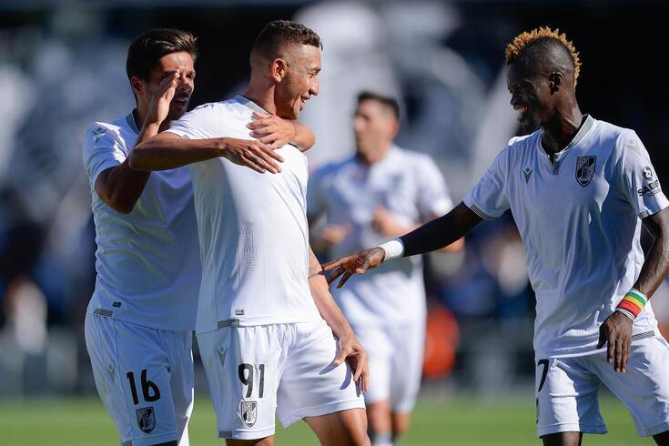 Davidson fez o primeiro golo do Vitória