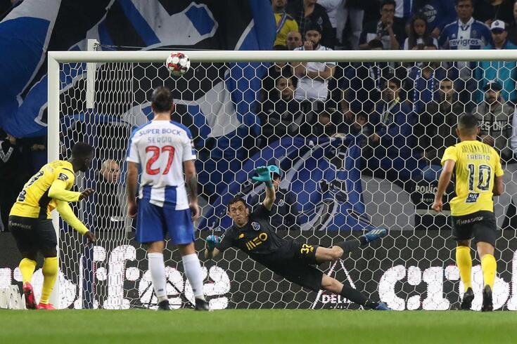 jackson falhou um penálti no FC Porto-Portimonense.