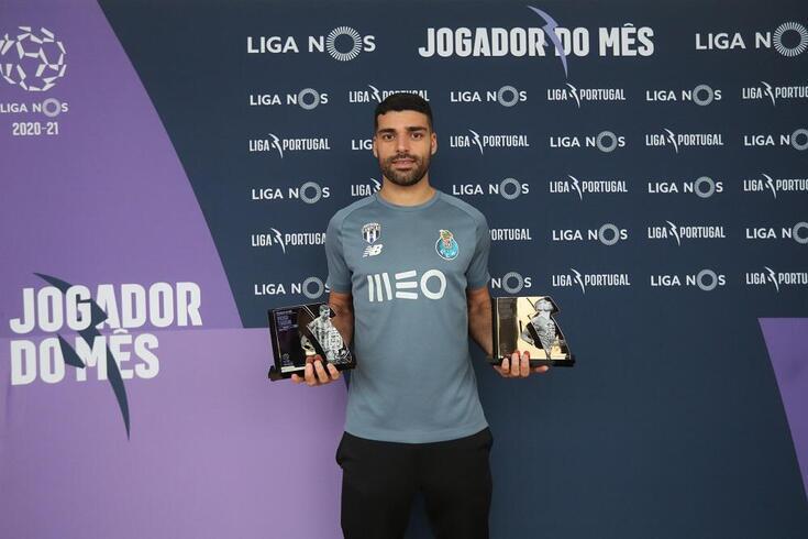 Taremi recebeu os prémios de melhor avançado e jogador do mês de janeiro
