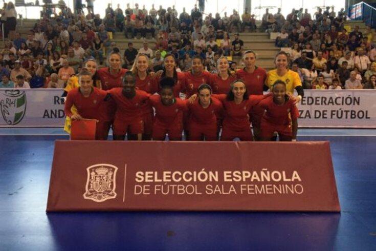 Seleção feminina empata amigável com Espanha