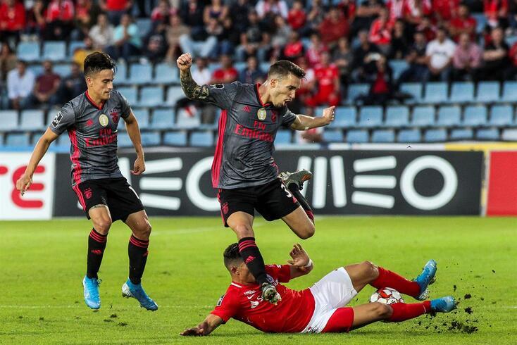 A última jornada em que Grimaldo não alinhou data de 5 de novembro de 2017, em Guimarães