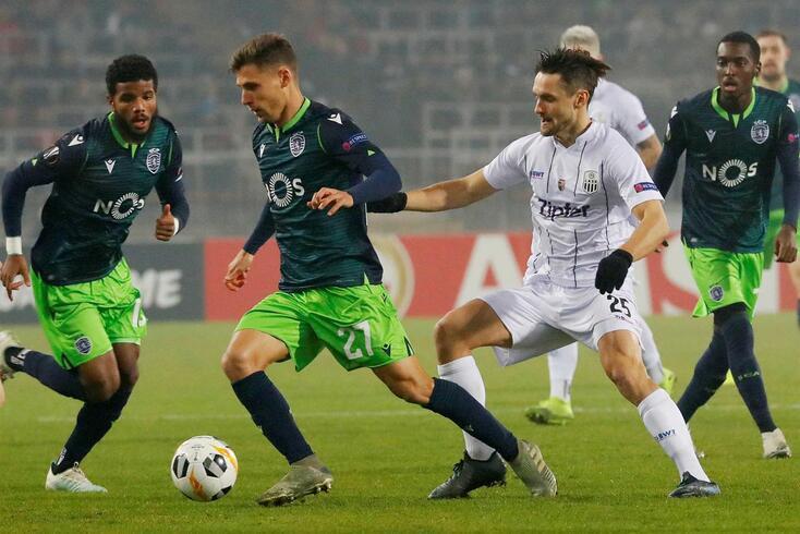 O Sporting perdeu esta quinta-feira em casa do LASK Linz, por 3-0.