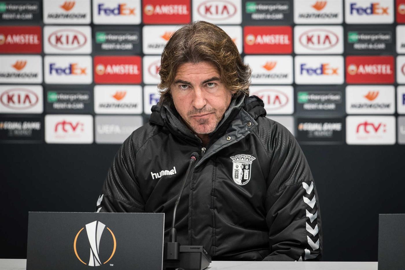 epa08063594 SC Braga's head coach Ricardo Sa Pinto attends a press conference at the Tehelne pole stadium