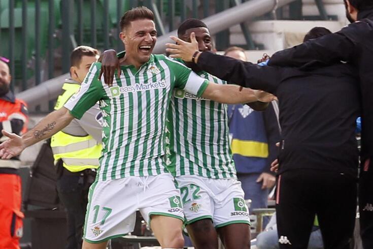 Joaquín marcou os três golos da vitória do Bétis frente ao Athletic.