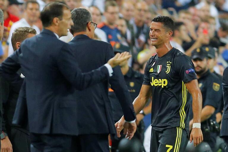Cristiano Ronaldo expulso  pior dos cenários afasta regresso a Manchester ebb78b291ba3e