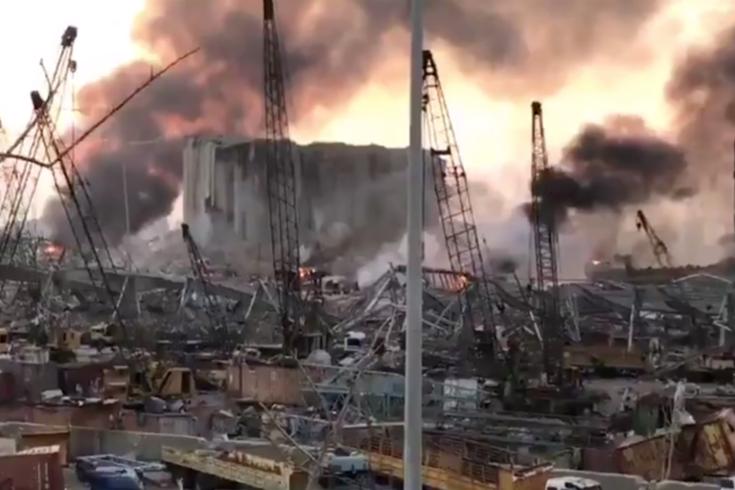 Cidade acorda com cenário de devastação total e pelo menos 100 mortos