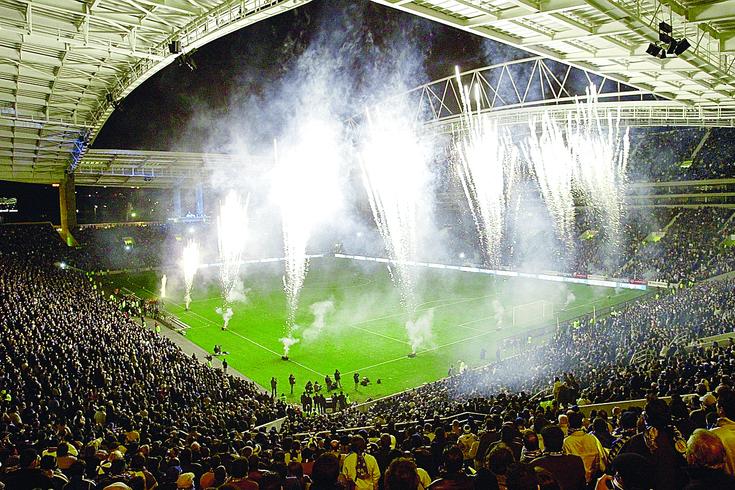 O Estádio do Dragão foi inaugurado há 16 anos, numa noite de festa de arromba
