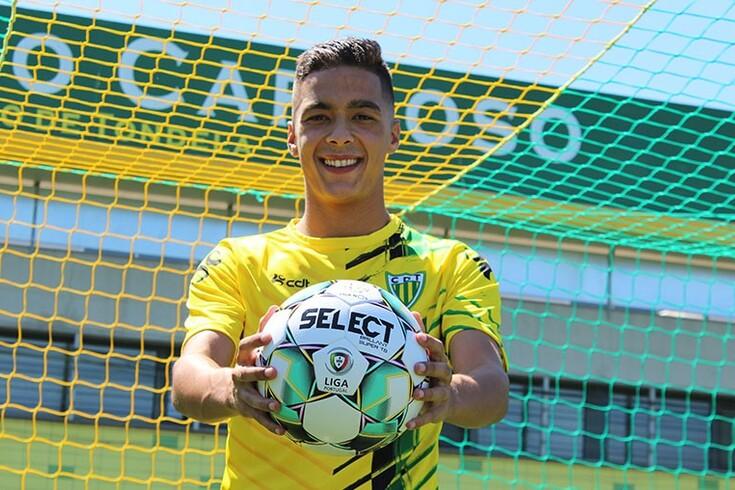 Tiago Almeida estreou-se na equipa principal ainda júnior