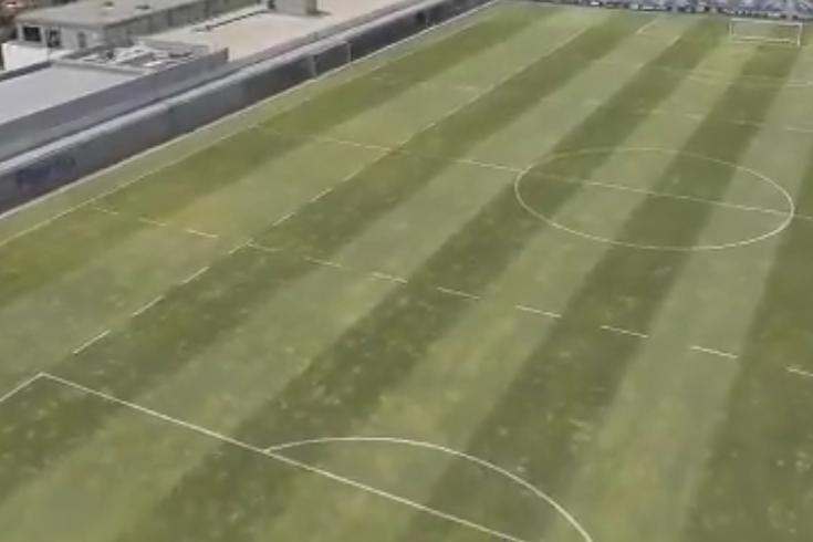 FC Porto explica regresso aos treinos: os balneários, o relvado e as cadeiras
