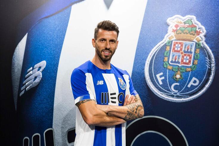 Oficial: Gonçalo Brandão é reforço do FC Porto B